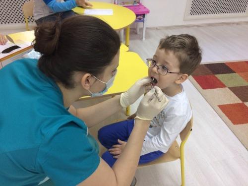 Стоматологические осмотры в детских садах